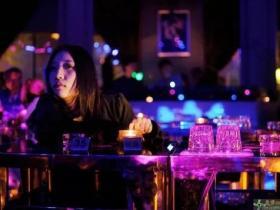 酒吧搭讪经历,我的成长故事