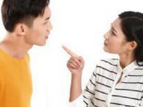 教你怎么和女生聊天?话题不要太过于深入敏感